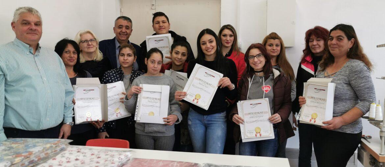 Dodeljeni sertifikati za uspešno zavšenu obuku